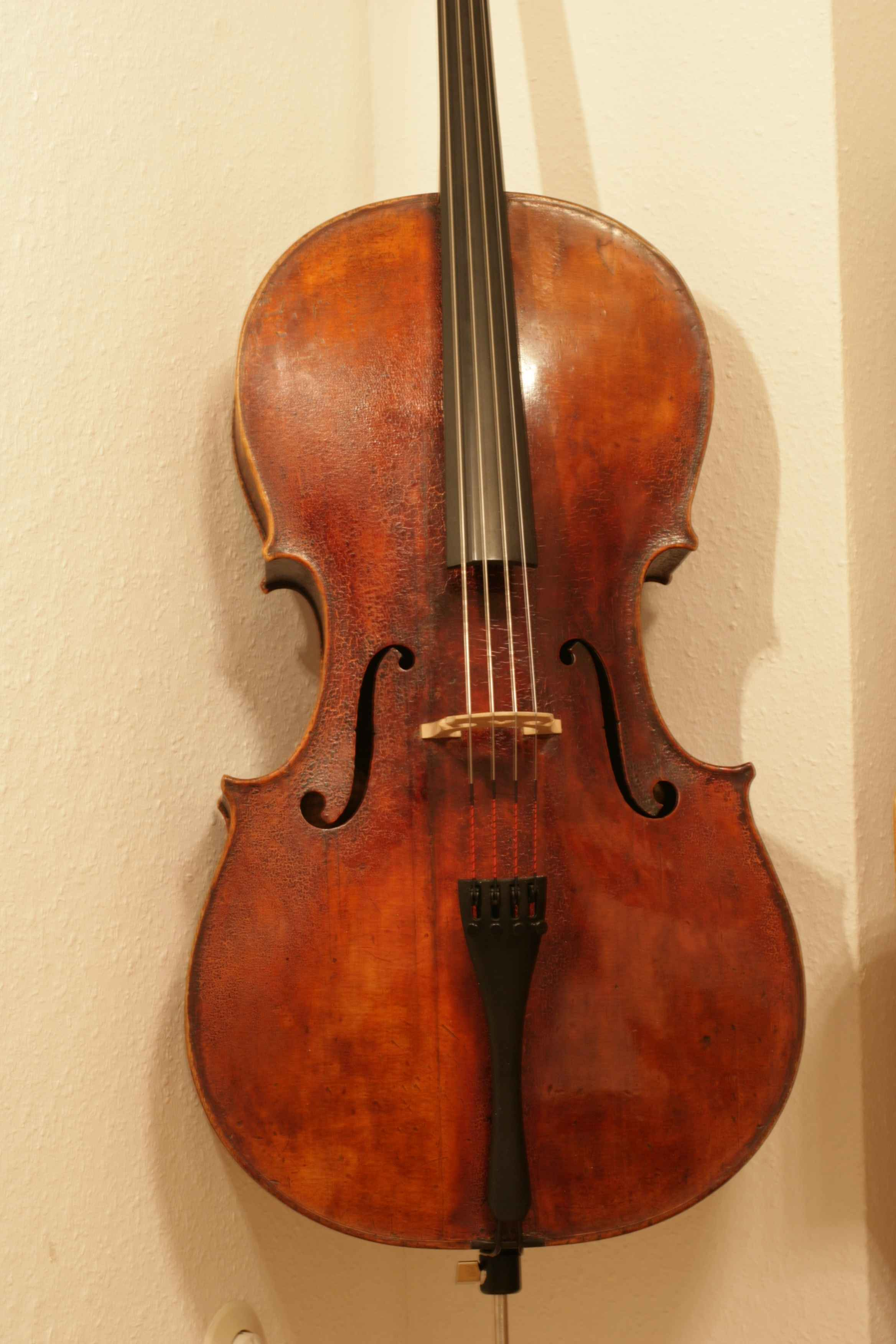 Cello Mittenwald ca. 1870